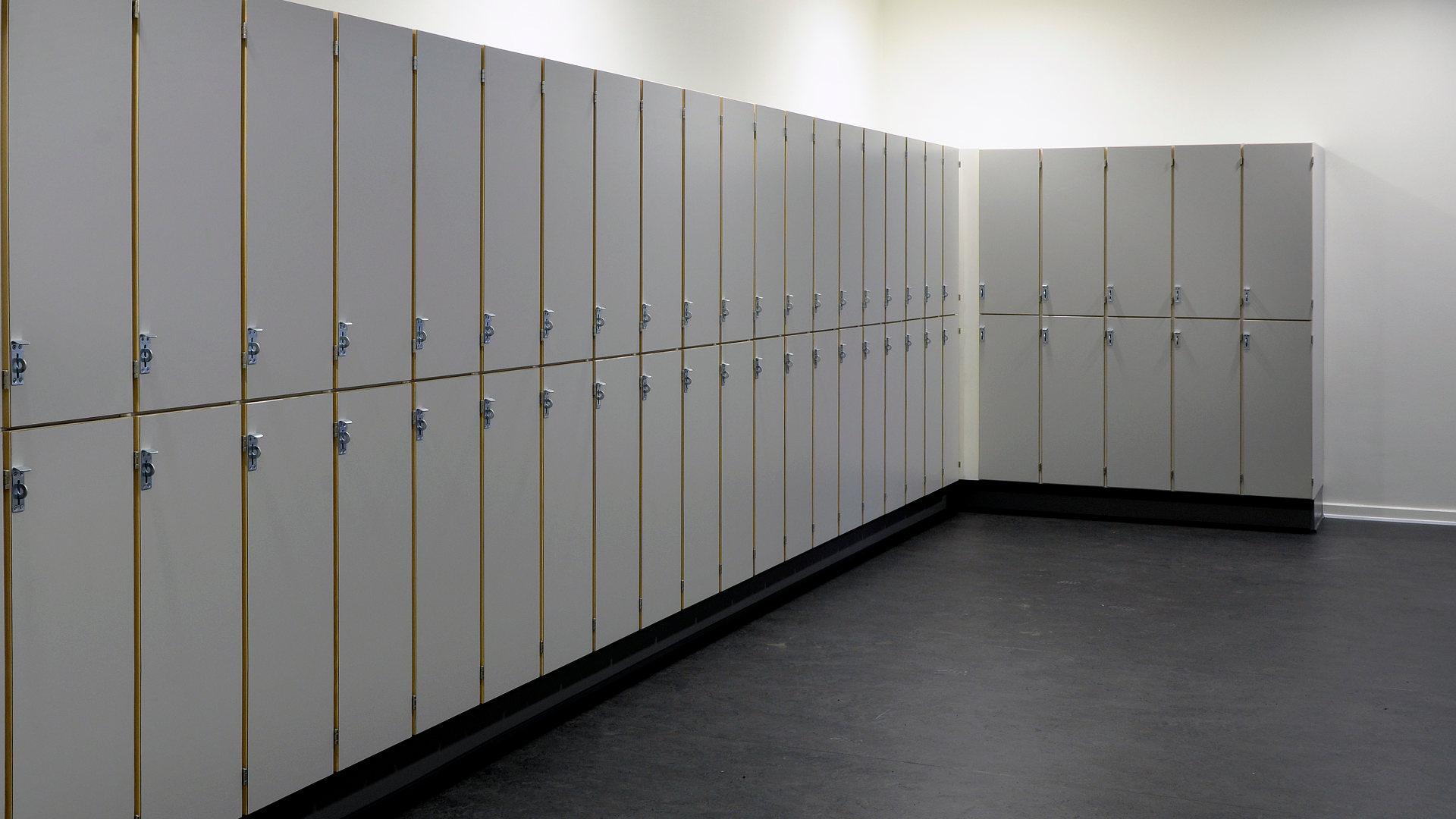 Lockers_Slider